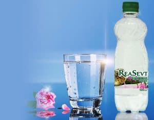 ReaSevt rose water for drinking - carbonated